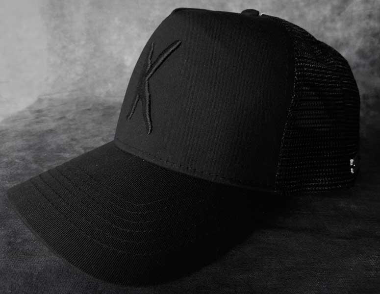 Kampfar-K-trucker-cap